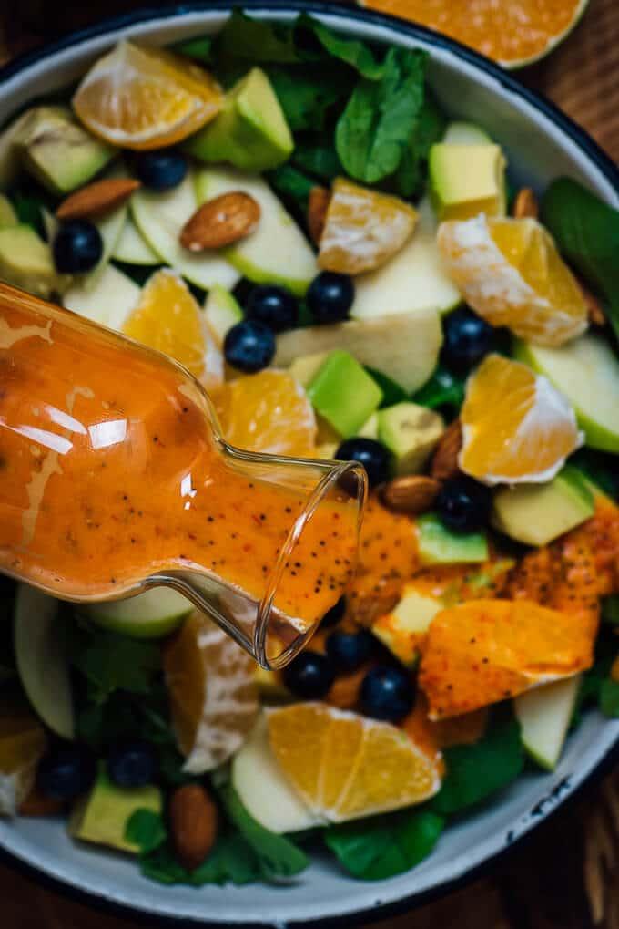 素食藜麦橙罂粟籽沙拉